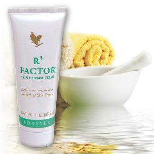 Aloe vera pentru ingrijirea tenului R3 Factor Skin Defense